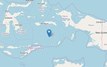 Terremoto Indonesia, scossa di magnitudo 7.1 in mare