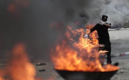 Birmania e Cambogia, le droghe bruciate in piazza. FOTO
