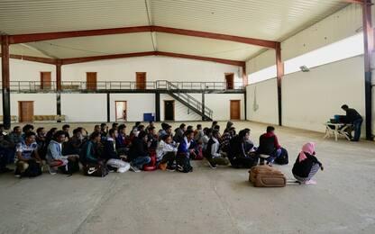 """""""Mettiamocelo in Testa"""", campagna UNHCR per i bambini rifugiati. VIDEO"""