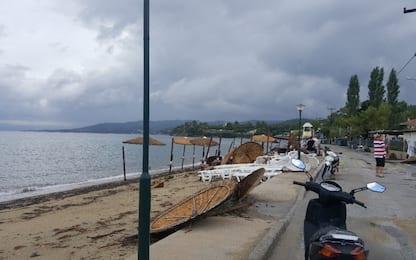 Maltempo Grecia, inondazioni sull'isola di Eubea: 7 morti