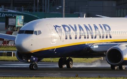 Ryanair, The Guardian: scoperte delle crepe in tre Boeing 737