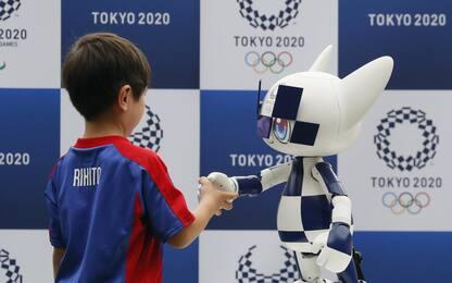 Tokyo 2020: presentata la mascotte robot. FOTO
