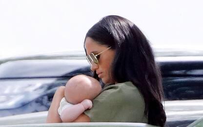 Mamma Meghan, il primo compleanno con il royal baby. FOTO
