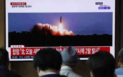 """Corea del Nord, Seul: """"Lanciati altri due missili a corto raggio"""""""