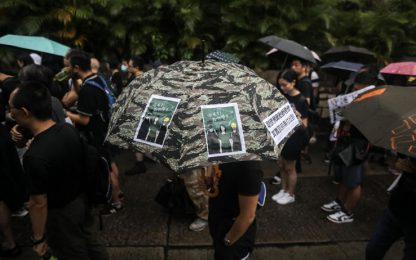 Proteste Hong Kong, Facebook e Twitter rimuovono falsi account cinesi