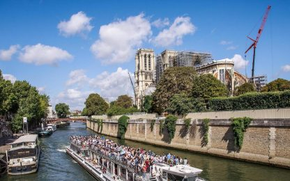 Notre-Dame, ripresi lavori per il restauro della cattedrale