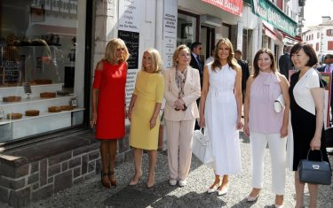 g7_biarritz_first_lady_hero_2