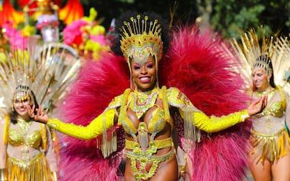Musica e colori a Londra per il carnevale di Notting Hill