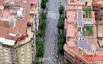 Vuelta, immagini dall'alto svelano piantagione di marijuana sul tetto