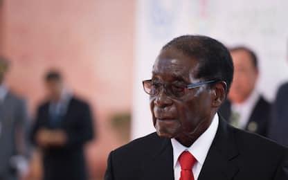 Morto Mugabe: storia dell'ex presidente dello Zimbabwe