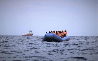 Migranti, Sos Mediterranee: salvate 50 persone al largo della Libia