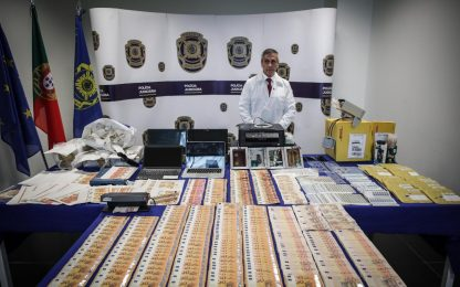 Portogallo, smantellata rete di contraffazione banconote