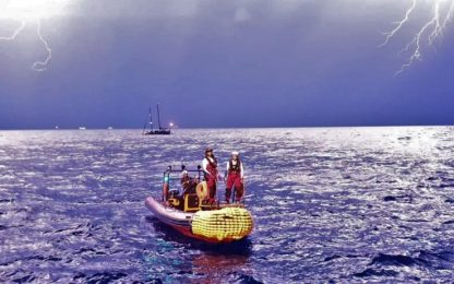 Migranti, la nave Ocean Viking porta in salvo altre 34 persone