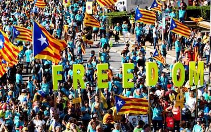 Indipendenza Catalogna, 600mila in piazza per la Diada. FOTO