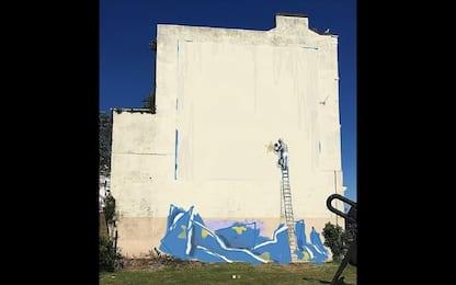 """Banksy su Instagram: """"Ecco come avrei corretto il murale della Brexit"""""""