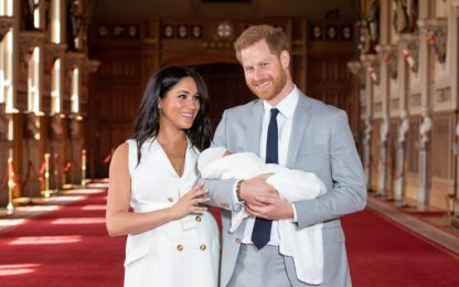 "Harry e Meghan depositano il marchio ""Sussex Royal"""