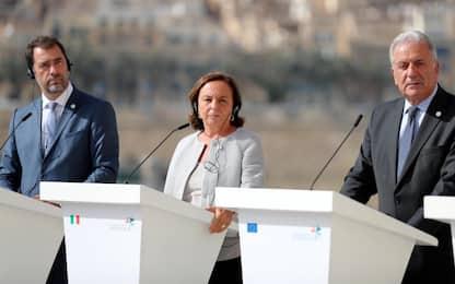 """Summit a Malta sui migranti, Lamorgese: """"L'Italia non è più sola"""""""