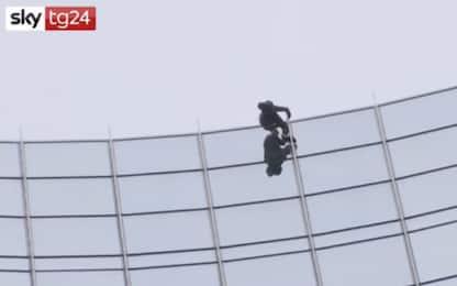 """Francoforte, nuova impresa per lo """"Spiderman francese"""". VIDEO"""