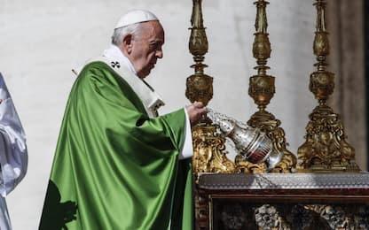 """Giornata mondiale dei migranti, il Papa: """"Torni umanità"""""""