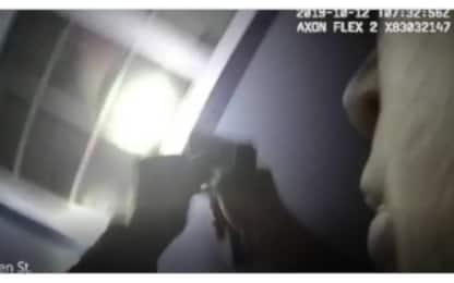 Texas, donna di 28 anni uccisa in casa da un agente