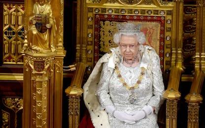 Regno Unito, il discorso su Brexit di Elisabetta II. FOTO