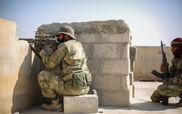 foto-hero-guerra-turchia-siria-fotogramma