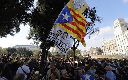 Indipendenza Catalogna, perché si protesta a Barcellona