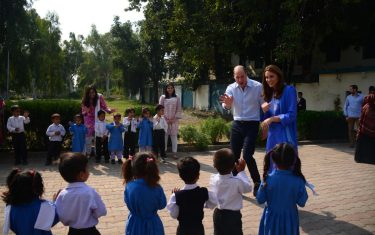 william_kate_pakistan_hero3