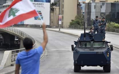 Proteste in Libano, interviene l'esercito