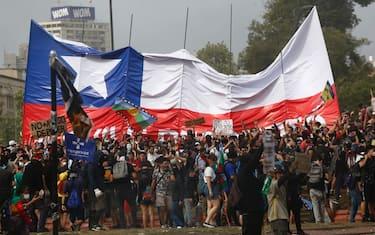 hero_santiago_cile_proteste
