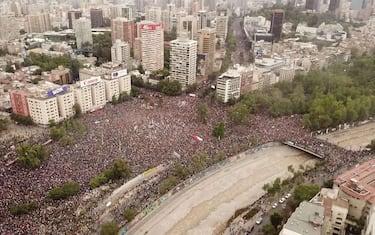 cile_proteste_ansa_hero