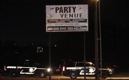 Usa, sparatoria durante una festa in Texas: due morti. Killer in fuga