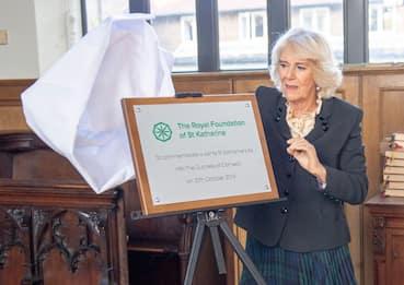 Camilla visita la Royal Foundation e la Mulberry School