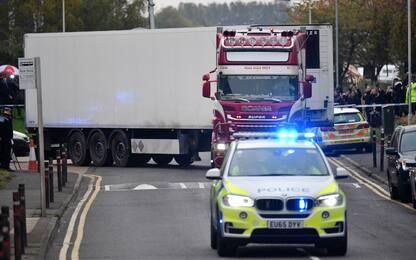 """Tir dell'orrore in Gran Bretagna, polizia: """"Vittime erano vietnamite"""""""