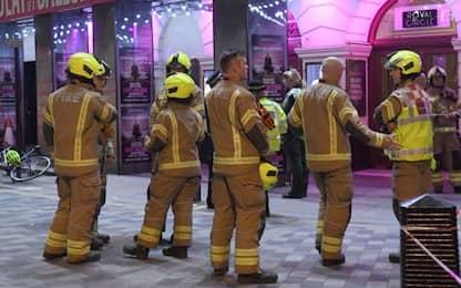 Londra, crolla pezzo di soffitto del Piccadilly Theatre. VIDEO