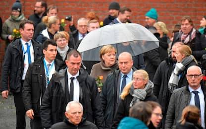 Berlino, Merkel a celebrazioni per 30 anni della caduta Muro