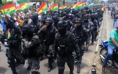Bolivia, la polizia si unisce alle proteste contro Morales. IL VIDEO
