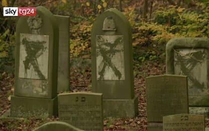 Danimarca, profanate 80 lapidi in un cimitero ebraico