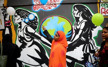 India, stuprarono e uccisero una 27enne, uccisi dalla polizia