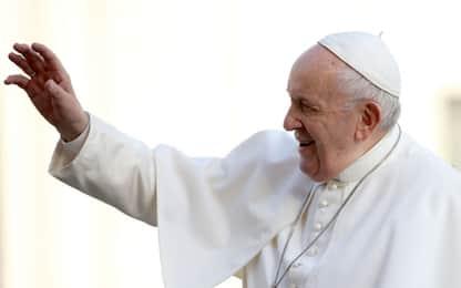 """Papa: """"Virus consumismo intacca la fede e alza il livello dell'odio"""""""