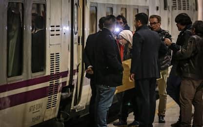 Greta Thunberg in treno verso Madrid. FOTO