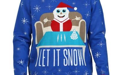 Walmart, ritirato il maglione di Babbo Natale con la cocaina. FOTO