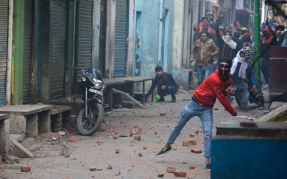 India, proteste contro legge cittadinanza: 20 vittime. FOTO