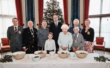 La Royal Family si prepara al Natale. FOTO