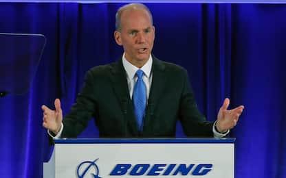 Boeing, il ceo Dennis Muilenburg si dimette dopo la crisi del 737 Max