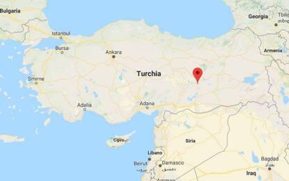 Turchia, terremoto di magnitudo 4.9 nella zona Est: nessuna vittima
