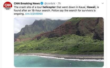 Hawaii, elicottero si schianta: ritrovati i resti di 6 persone
