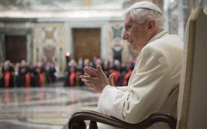 Benedetto XVI: celibato indispensabile per sacerdoti, non posso tacere