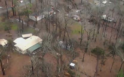 Tornado si abbatte sulla Louisiana, la devastazione dal drone. VIDEO