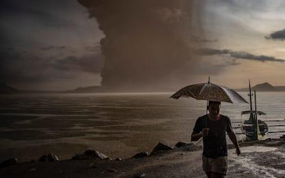 Filippine, eruzione vulcano Taal: le cose da sapere. FOTO